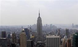<p>The Empire State Building in midtown Manhattan is seen in New York City, July 16, 2009. REUTERS/Jamie Fine</p>