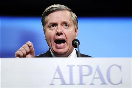 U.S. Senator Lindsey Graham (R-SC) gestures as he addresses the gala banquet of the American Israel Public Affairs Committee (AIPAC) annual policy conference in Washington March 22, 2010. REUTERS/Jonathan Ernst
