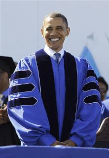 U.S. President Barack Obama prepares to deliver the commencement address at Hampton University in Virginia May 9, 2010. REUTERS/Jason Reed