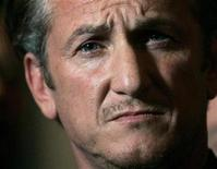 <p>Academy Award winning actor Sean Penn listens during a news conference in San Francisco, California March 3, 2009. REUTERS/Robert Galbraith</p>