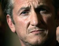 <p>Ator Sean Penn foi sentenciado a prestar serviço comunitário e a fazer terapia de administração da raiva. REUTERS/Robert Galbraith/Files</p>