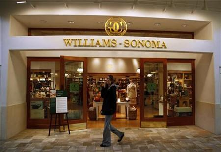 A shopper passes by the Williams-Sonoma store in Broomfield, Colorado in this November 19, 2009 file photo. REUTERS/Rick Wilking