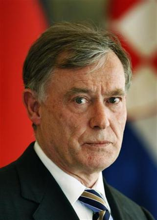 Bundespräsident Horst Köhler in Zagreb am 14. April 2008. REUTERS/Nikola Solic