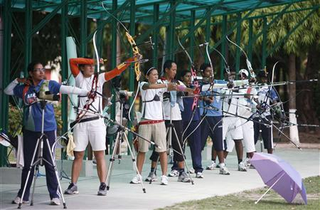 Indian archers attend a practice session in Kolkata April 30, 2010.