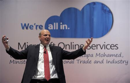 Microsoft CEO Steve Ballmer delivers his keynote speech at the launch of Microsoft Online Services in Putrajaya outside Kuala Lumpur May 25, 2010. REUTERS/Samsul Said