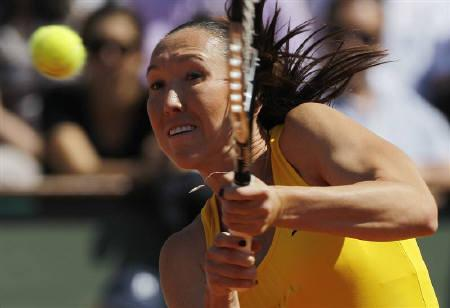 Jelena Jankovic of Serbia plays a shot during her semi-final match against Samantha Stosur of Australia at the French Open tennis tournament at Roland Garros in Paris, June 3, 2010. REUTERS/Bogdan Cristel