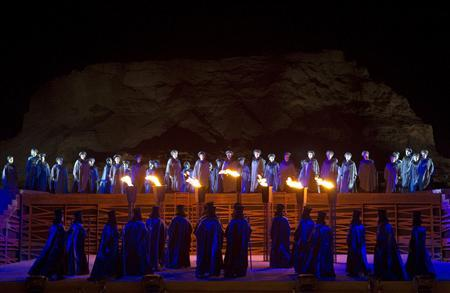 Members of Israel's opera perform Giuseppe Verdi's Nabucco during a dress rehearsal at the foothill of Masada near the Dead Sea May 30, 2010. REUTERS/Baz Ratner