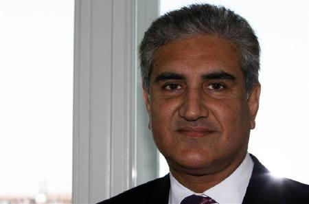 Pakistan's Foreign Minister Shah Mehmood Qureshi in Italian northern Adriatic port of Trieste June 26, 2009. REUTERS/Nikola Solic/Files