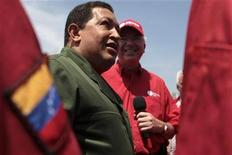"<p>Venezuela's President Hugo Chavez speaks during his weekly broadcast ""Alo Presidente"" at the Industrial Complex Jose Antonio Anzoategui in the southern state of Anzoategui June 13, 2010. REUTERS/Miraflores Palace/Handout</p>"