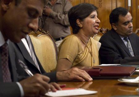 India's Foreign Secretary Nirupama Rao (C) speaks to her Pakistani counterpart Salman Bashir (unseen) during their meeting in Islamabad June 24, 2010. REUTERS/Adrees Latif