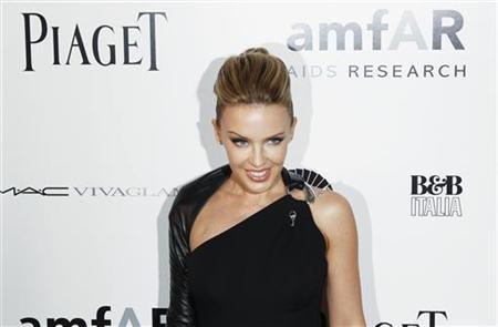 Singer Kylie Minogue arrives to attend the amfAR Inspiration Gala in New York, June 3, 2010. REUTERS/Lucas Jackson