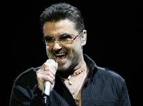 "<p>George Michael performs in concert at the Forum during his ""Live Global Tour"" in Inglewood, California June 25, 2008. REUTERS/Mario Anzuoni</p>"