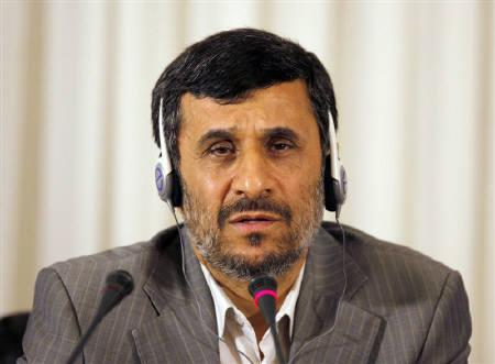Iranian President Mahmoud Ahmadinejad talks during his news conference in Istanbul June 8, 2010. REUTERS/Osman Orsal