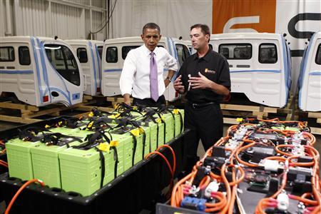U.S. President Barack Obama tours the Smith Electric Vehicles facility in Kansas City, Missouri July 8, 2010. REUTERS/Kevin Lamarque