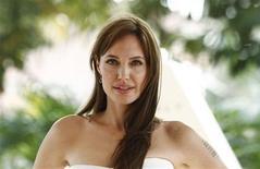 """<p>Angelina Jolie no lançamento de seu novo filme """"Salt"""" em Cancún. Ela receberá 20 milhões de dólares pelo grande lançamento da Sony neste verão norte-americano. 30/07/2010 REUTERS/Gerardo Garcia</p>"""