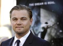 """<p>Leonardo DiCaprio no lançamento de """"A Origem"""" em Hollywood. O filme de ficção científica chegou neste domingo ao topo das bilheterias da América do Norte. 13/07/2010 REUTERS/Mario Anzuoni</p>"""