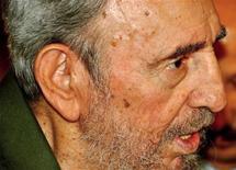 <p>O primeiro volume das memórias de guerrilheiro do ex-presidente cubano Fidel Castro será lançado em agosto. 26/07/2010 REUTERS/Courtesy of Cubadebate/Peti/Handout</p>