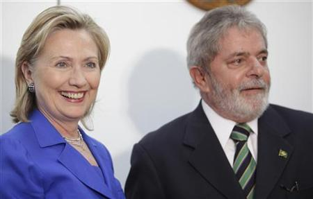 Secretary of State Hillary Clinton (L) and Brazil's President Luiz Inacio Lula da Silva attend a meeting in Brasilia March 3, 2010. REUTERS/Ricardo Moraes