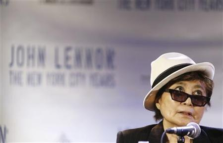 Yoko Ono answers questions as she unveils the ''John Lennon: The New York City Years'' exhibit at the Rock & Roll Hall of Fame Annex in New York, May 11, 2009. REUTERS/Lucas Jackson