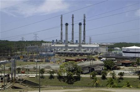 A general view of the French-Belgium GDF SUEZ energy plant in Colon City, March 27, 2009. REUTERS/Alberto Lowe