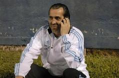 <p>Sérgio Batista em jogo do Sub-20 contra o Uruguai. O atual técnico temporário da seleção argentina recebeu a aprovação de Messi no último amistoso contra a Irlanda. 27/06/2010 REUTERS/Stringer</p>