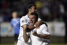 <p>Antonio Cassano da Itália comemora gol em vitória de 2x1 sobre a Estônia. REUTERS/Ints Kalnins</p>