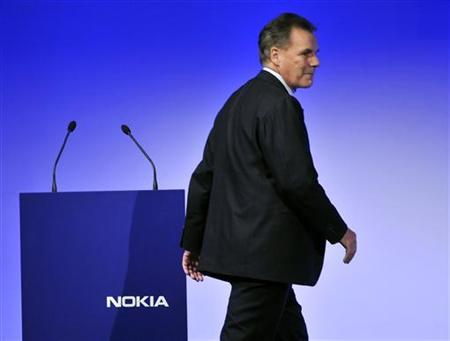 Nokia's CEO Olli-Pekka Kallasvuo leaves the stage after his speech during Capital Markets Day at Dipoli Conference Centre in Espoo in this December 2, 2009 file photo. REUTERS/Lehtikuva/ Pekka Sakki