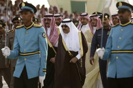 Saudi Interior Minister Prince Nayef bin Abdul-Aziz (C), brother of Saudi King Abdullah, is greeted upon his arrival at the graduation ceremony of police cadets at Public Security Training City in Riyadh, May 26, 2009. REUTERS/Fahad Shadeed/Files