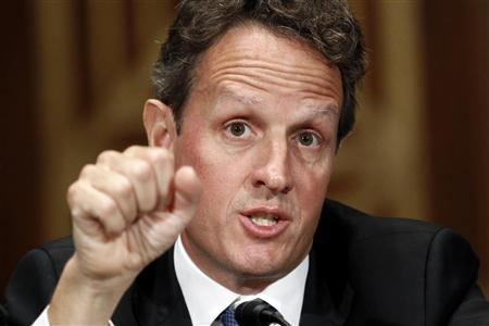 Treasury Secretary Timothy Geithner testifies before a Senate Banking, Housing and Urban Affairs Committee hearing on The Treasury Department's Report on International Economic and Exchange Rate Policies on Capitol Hill in Washington September 16, 2010. REUTERS/Kevin Lamarque