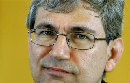 File photo of Turkish author and winner of the 2006 Nobel Prize for literature Orhan Pamuk as he attends an awarding ceremony in Berlin May 4, 2007. REUTERS/Arnd Wiegmann/Files