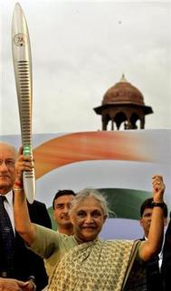 Sheila Dikshit, Chief Minister of Indian capital, at the start of the Queen's Baton Relay in New Delhi, September 14, 2005. REUTERS/Kamal Kishore