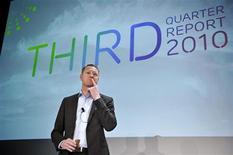 <p>Hans Vestberg, directeur général d'Ericsson. Le groupe suédois fait état de résultats trimestriels supérieurs aux attentes grâce à de très rentables modernisations de réseaux mobiles./Photo prise le 22 octobre 2010/REUTERS/Bertil Ericson/Scanpix</p>