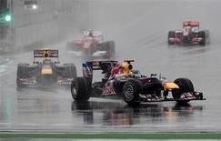 """<p>""""Estar na frente durante toda a corrida, controlando-a e cuidando dos pneus, acho que não havia nada mais que pudéssemos fazer,"""" disse Sebastian Vettel, da Red Bull, abandonou o GP da Coreia da Sul neste domingo por um problema de motor. 24/10/2010 REUTERS/Russell Boyce</p>"""