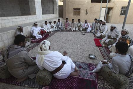 Members of the Abida tribe attend an afternoon tribal meeting in Wadi Abida, in the eastern Yemeni province of Maarib October 13, 2010. REUTERS/Khaled Abdullah