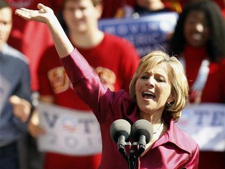Democratic Senator Barbara Boxer speaks at a campaign rally in Los Angeles, California, October 22, 2010. REUTERS/Lucy Nicholson