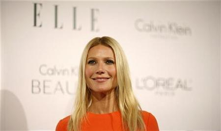 Actress Gwyneth Paltrow poses at the 17th Annual Women in Hollywood Tribute gala in Los Angeles October 18, 2010. REUTERS/Mario Anzuoni