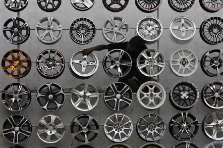 Festive season pushes October car sales to record | Reuters