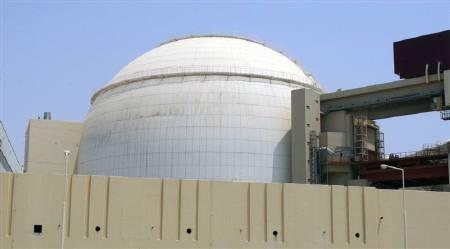 EDITORS' NOTE: Reuters and other foreign media are subject to Iranian restrictions on leaving the office to report, film or take pictures in Tehran.A general view of the Bushehr main nuclear reactor, 1,200 km (746 miles) south of Tehran, August 21, 2010.  REUTERS/Raheb Homavandi/Files