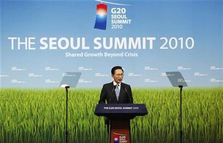 South Korea's President Lee Myung-bak addresses a news conference at the G20 Summit in Seoul November 12, 2010. REUTERS/Romeo Ranoco