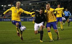 <p>Lance do amistoso entre Suécia e Alemanha que terminou em empate sem gols. REUTERS/Bob Strong</p>