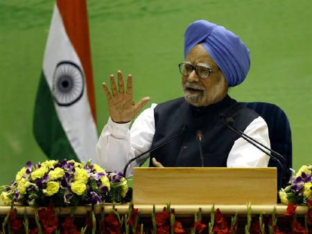 India's Prime Minister Manmohan Singh speaks during a news conference in New Delhi May 24, 2010. REUTERS/B Mathur/Files