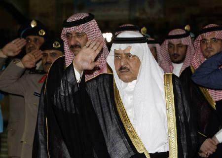 Saudi Interior Minister Prince Nayef bin Abdul-Aziz (C), brother of Saudi King Abdullah in Riyadh, May 23, 2010. REUTERS/Fahad Shadeed/Files