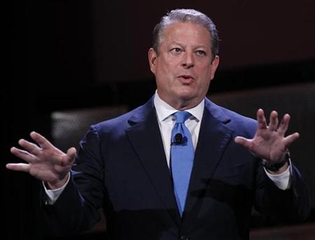 Former Vice President Al Gore speaks during the World Business Forum in New York October 6, 2010. REUTERS/Shannon Stapleton
