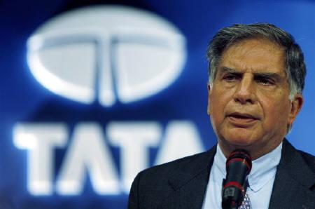 Tata Group chairman Ratan Tata is seen addressing shareholders during an annual general meeting of Tata Consultancy Services in Mumbai in this June 29, 2007 file photo. REUTERS/Punit Paranjpe/Files