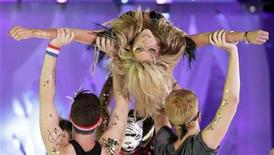 <p>U.S. singer Ke$ha performs at the 2010 MuchMusic Video Awards in Toronto June 20, 2010. REUTERS/Mike Cassese</p>