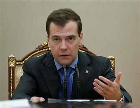 Russia's President Dmitry Medvedev chairs a meeting of the presidential Anti-Corruption Council at the Kremlin in Moscow January 13, 2011. REUTERS/Dmitry Astakhov/RIA Novosti/Kremlin