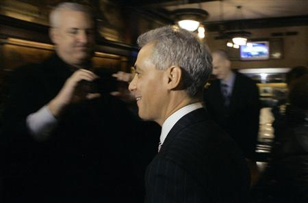 Former White House Chief of Staff and Chicago mayoral candidate Rahm Emanuel smiles as he greets patrons after a news conference in Chicago, January 24, 2011. REUTERS/Frank Polich