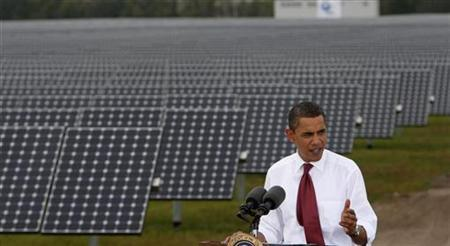 President Barack Obama speaks during a visit to DeSoto Next Generation Solar Energy Center in Arcadia, Florida, October 27, 2009. REUTERS/Jim Young