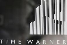 <p>Time Warner affiche une hausse de 8% de son chiffre d'affaires au quatrième trimestre, à 7,8 milliards de dollars, grâce à la croissance soutenue des ventes publicitaires et aux revenus tirés de ses réseaux câblés. /Photo prise le 4 août 2010/REUTERS/Shannon Stapleton</p>