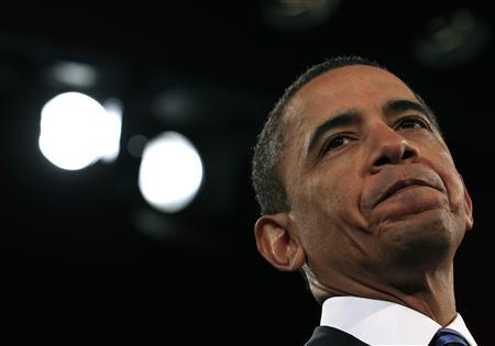 President Barack Obama addresses the U.S. Chamber of Commerce in Washington, February 7, 2011. REUTERS/Jim Young